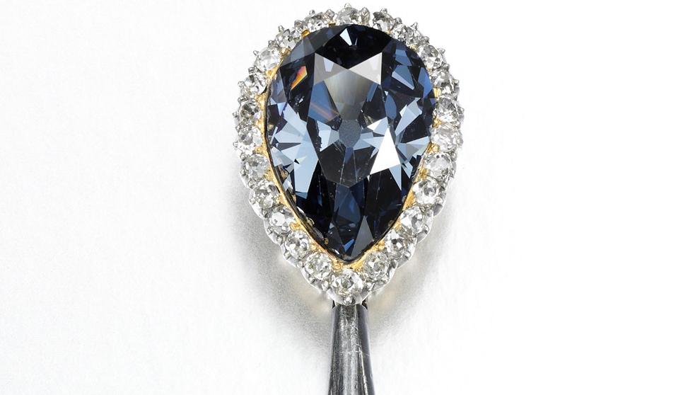 El diamante azul de Farnesio vendido por  Sotheby's por un precio...