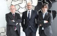 ce'; Salvador Silvestre, nuevo socio; y Alejandro Touriño, socio...