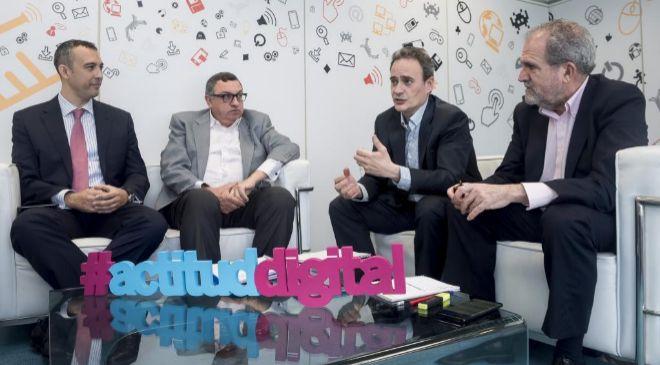 De izquierda a derecha, José Antonio Aranda, director de Innovación...