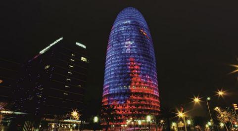 Torre Glòries, en Barcelona, donde se instalará Facebook.