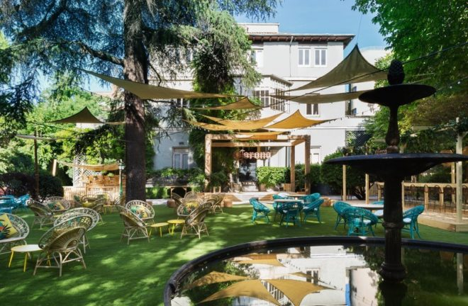 Vuelve Casa Corona Un Jardín Oasis En Pleno Barrio De