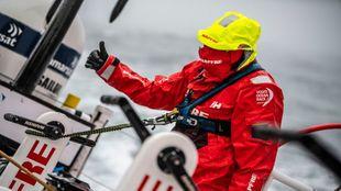 El tripulante `Ñeti' Cuervas-Mons, con el arnés de seguridad...