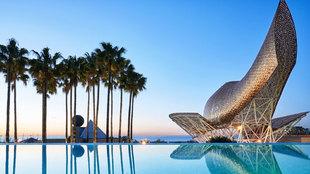 Imagen de la nueva Infinity Pool & Lounge que estrena el Hotel...