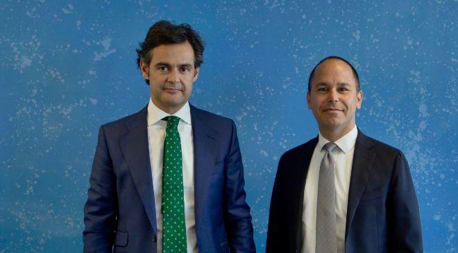 Fernando Cuñado (izda), socio de Forensic de KPMG, y Alejandro...