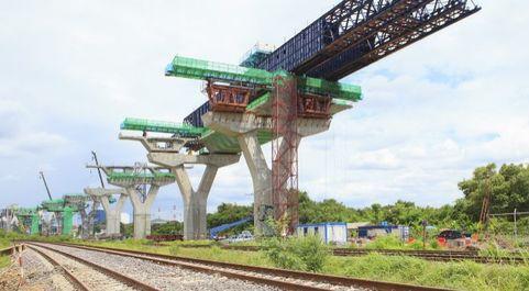 Los trenes podrán intercambiar información sobre su composición,...