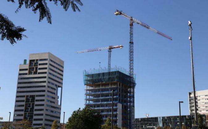 Construcción de viviendas en Barcelona.