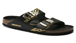 La firma del calzado con suela de corcho, Birkenstock, ha colaborado...