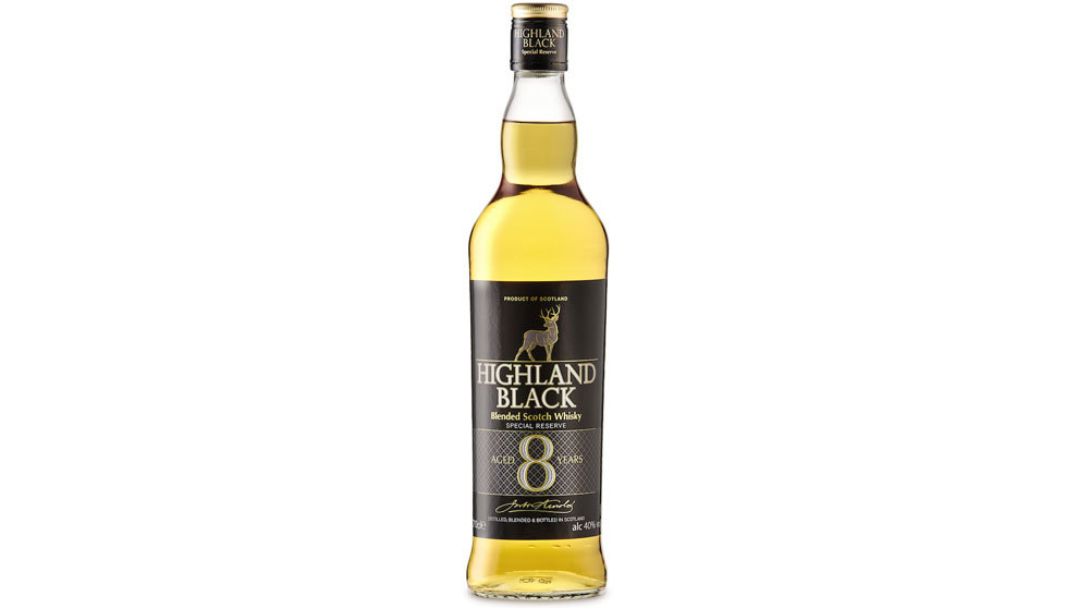 14 euros cuesta la botella de Highland Black Scotch Whisky en los...