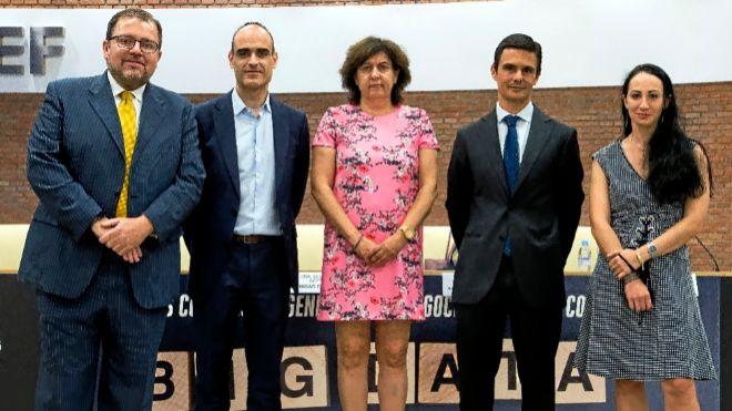 De izq. a dcha.: Juan Manuel López Zafra, CDO de Cunef; Ignacio...