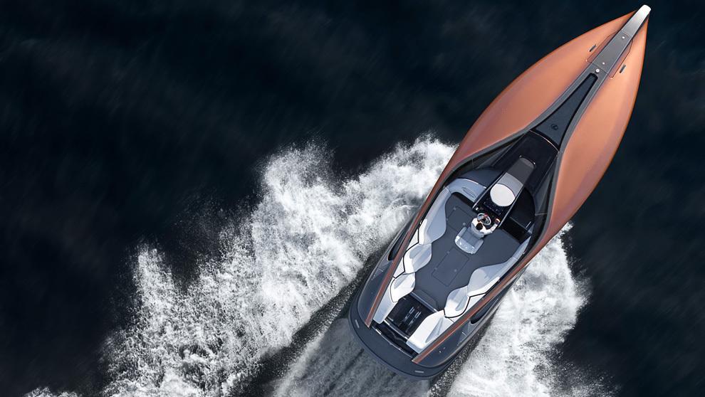 El Lexus Sport Yacht navegando por las costas de Miami, durante las...