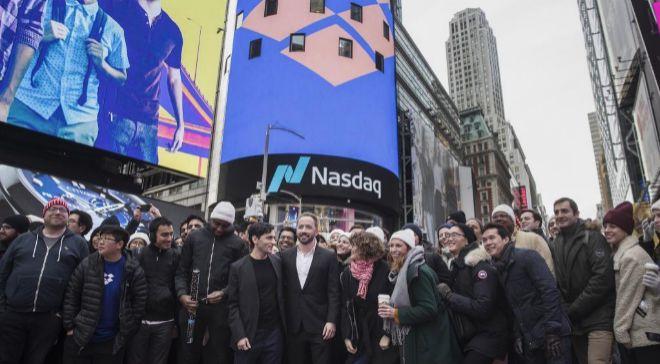 Foto de la salida a Bolsa de Drobox en Wall Street.