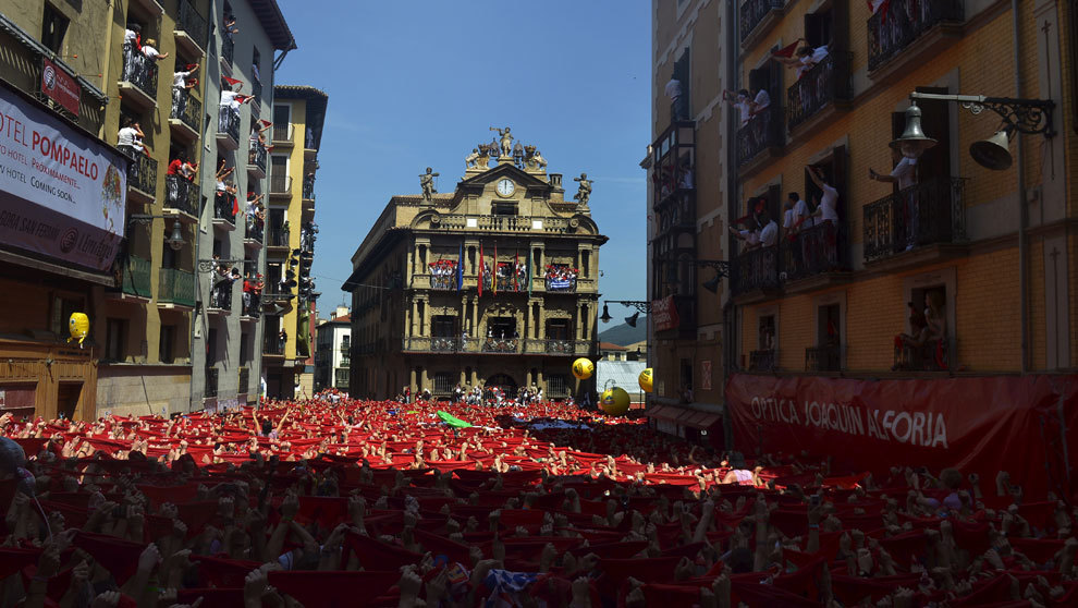 Vista del Ayuntamiento de Pamplona.