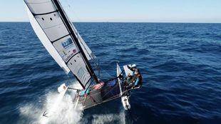 Yvan y Mathis Bourgnon, navegando a bordo del Nacra F20.