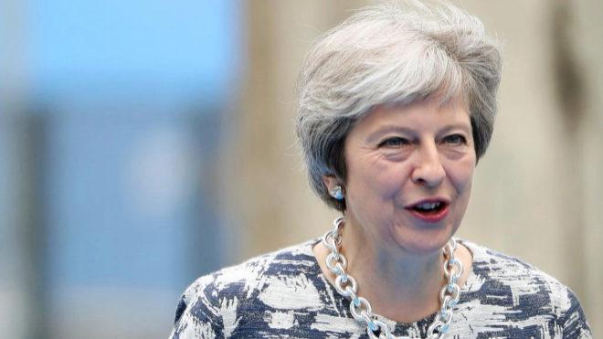 Los abogados británicos negocian con Theresa May su futuro tras el Brexit