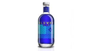 Bluwer Gin, la ginebra a base de una misteriosa flor tailandesa,...
