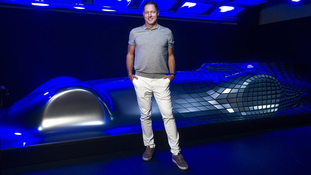 Wagener, 49 años, en la oficina de diseño de Mercedes-Benz en...