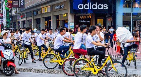 El 'boom' de las bicis compartidas reflotó el negocio de...