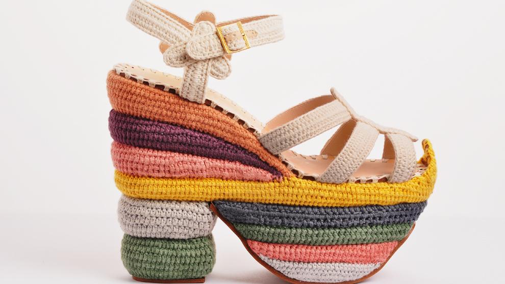 Las sandalias Rainbow Future, de Salvatore Ferragamo.