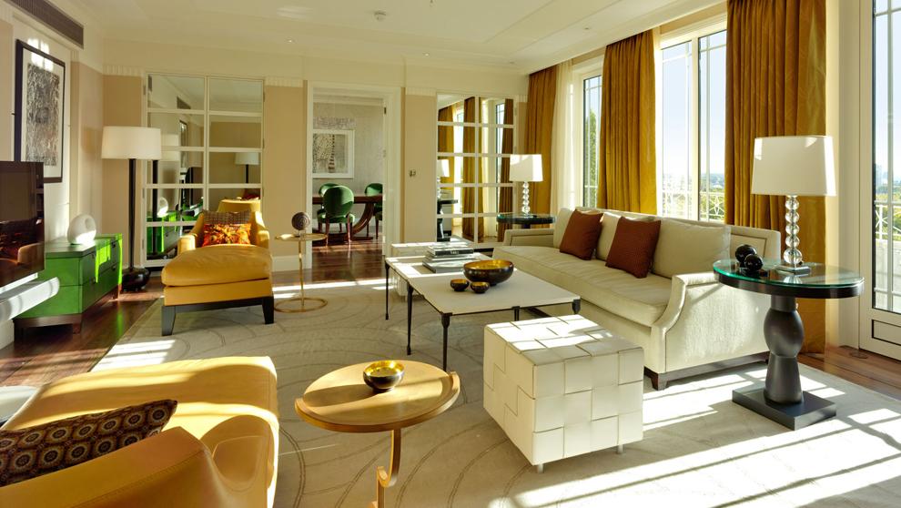 La suite Harlequin, de 52 metros cuadrados, tiene terraza a Hyde Park....