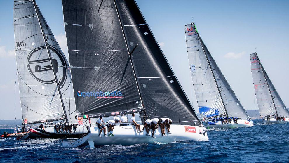 La flota de Melges 40, en la bahía de Palma.