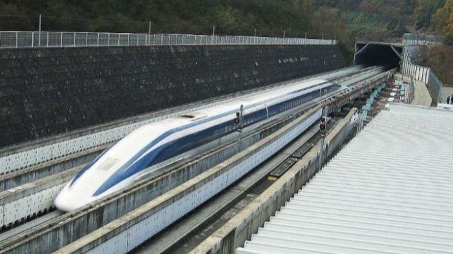 Los trenes bala chinos cumplen 10 años