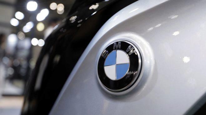 BMW llama a revisión a más de 300.000 vehículos — Peligro de incendio