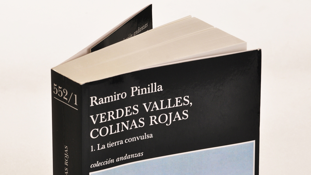 """""""La tierra convusa"""", primer tomo de las trilogía..."""