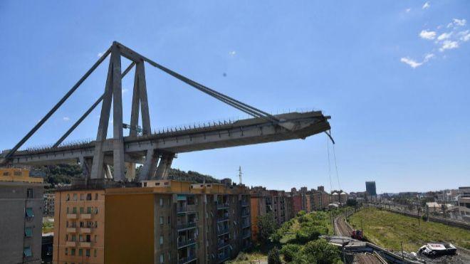 Atlantia se hunde un 22% en Bolsa tras el anuncio de que Italia le ... cb0f5d5085a