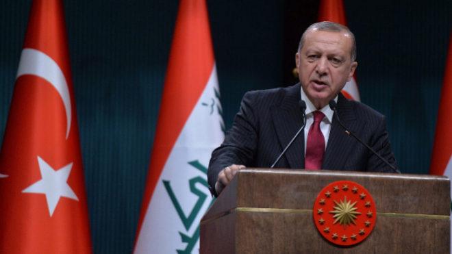Turquía ajustará finanzas sin pedir asistencia del FMI, dice ministro