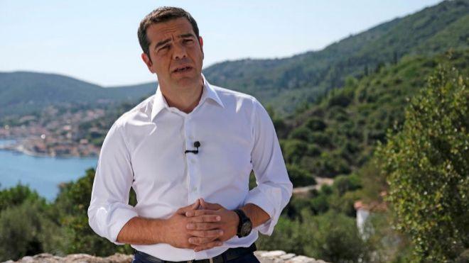 El primer ministro griego, Alexis Tsipras, eligió la mitológica isla griega de Ítaca para realizar una declaración con motivo del fin de los programas de rescate.