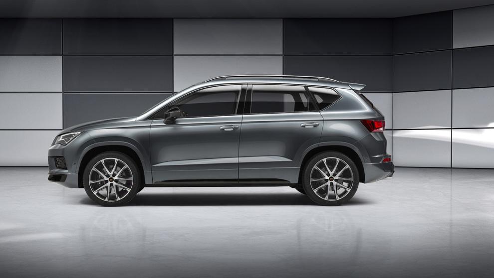 Imagen lateral del nuevo SUV Cupra Ateca, un modelo con prestaciones...