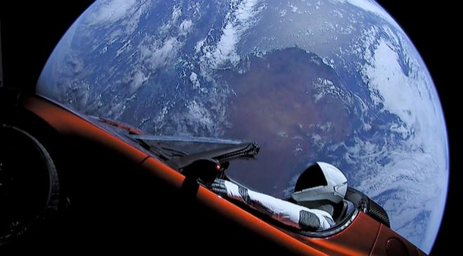 'Show' de Musk impacta a Tesla