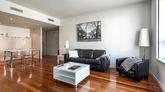 Este elegante apartamento, con vistas panorámicas al paseo de Gracia,...