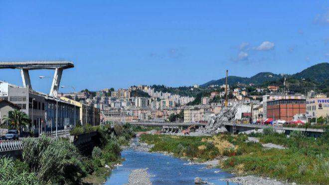 Di Maio insiste: Autostrade no puede reconstruir el puente de Génova