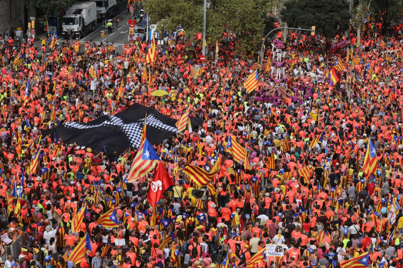 Ambiente previo de la manifestación independentista convocada para...