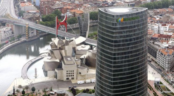 Vista de la torre de Iberdrola en Bilbao.