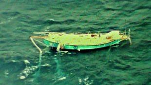 Un avión militar indio localizó el velero dañado de Abhilash Tomy,...