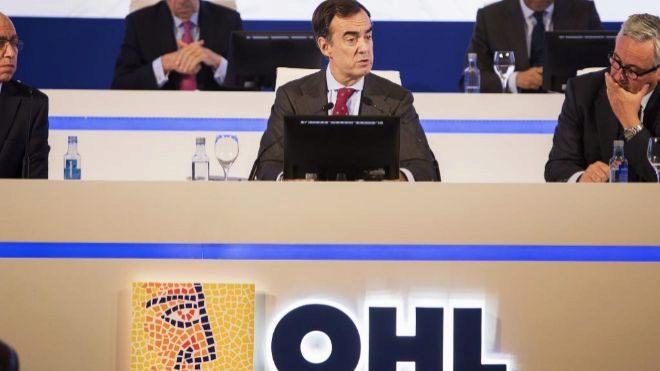 OHL pierde 843 millones tras la venta de su negocio de concesiones