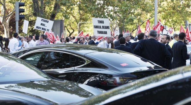 Manifestación de conductores de VTC frente al Ministerio de Fomento...