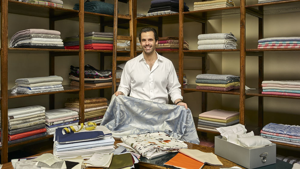 Miguel Matarranz, 36 años, al frente del negocio, posa en el...