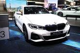 Con un motor 2.0 Turbo de 4 cilindros y 258 CV de potencia, asociado...