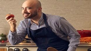 Natale Russo lleva mucho tiempo innovando en la cocina vegana,...