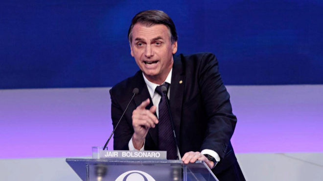 Votantes listos para elección polarizada en Brasil