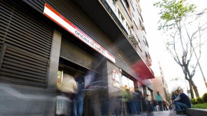 La tasa de paro femenina de espa a la segunda m s alta de for Oficinas de unicaja en madrid