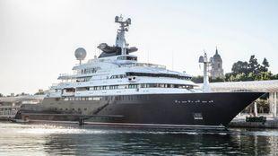 El Octopus, que con 126 metros es el yate más grande de Paul Allen,...