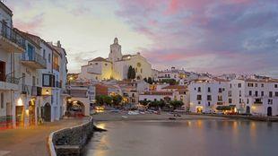 Ubicado en el Cabo de Creus -Alto Ampurdán-, este pueblo pesquero es...