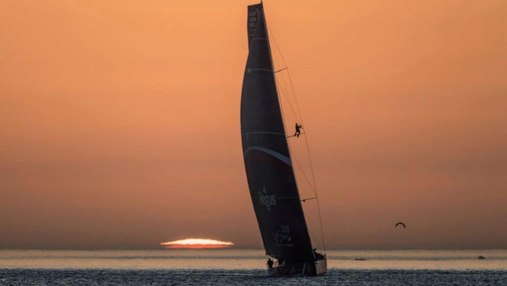 EL GANADOR. El barco SHK Scallywag, a su llegada a Lisboa en el final...