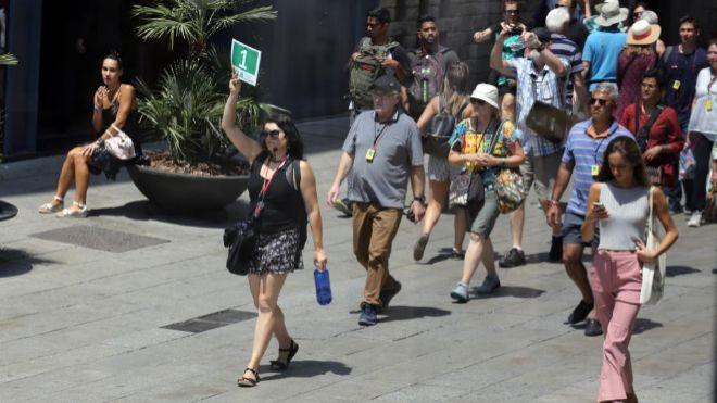 España recibe 66,2 millones de turistas hasta septiembre con un gasto de 71.773 millones, un 2,5% má