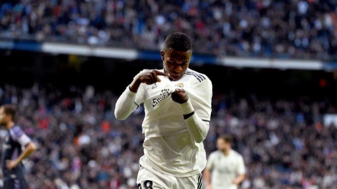 Real Madrid Adidas. El jugador brasileño del Real Madrid Vinicius...