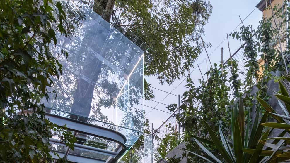 """""""Chantli Kuaulakoyakan"""" es una casa del árbol de cristal..."""